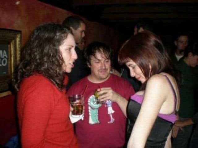 Мужик всегда смотрит на грудь